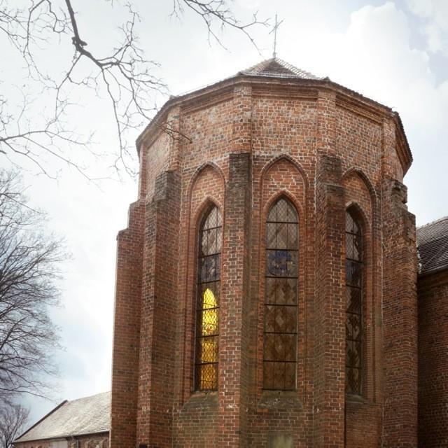Bild eines Klosters - Klasztor cystersów w Bierzwniku